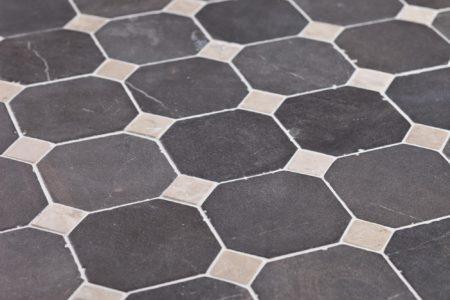 klassiskt mönster grå-vit marmor, 100x100mm