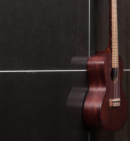 Andesite svart 300x600, Polerad